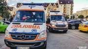 Dziewczynki w wieku 4 i 8 lat potrącone przez nastoletniego kierowcę. Wyprzedzał auto na przejściu