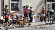 Rowerowi maratończycy zatrzymywali się w Bisztynku