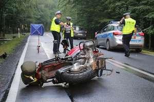 Śmiertelny wypadek pod Olsztynkiem. Droga całkowicie zablokowana!