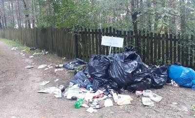 Brzóze toną w śmieciach. Mieszkańcy alarmują!