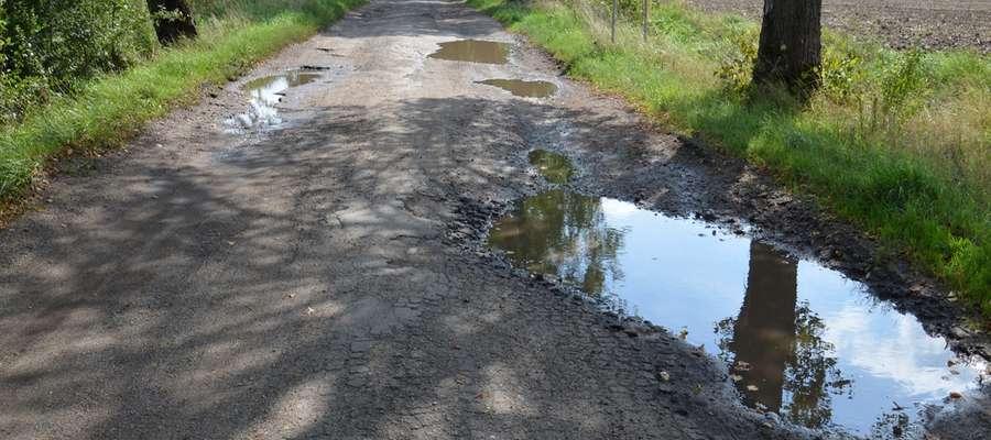 Taką drogą muszą poruszać się mieszkańcy m.in. Skandawy, Modgarb i Krymławek