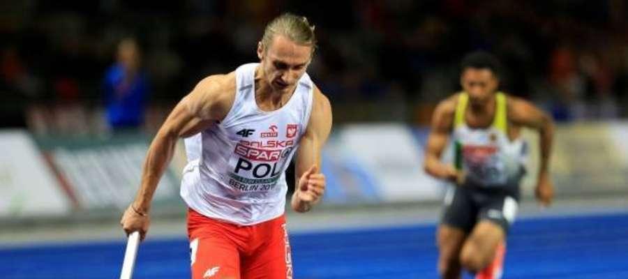 Karol Zalewski w sztafecie pobiegł na pierwszej zmianie.
