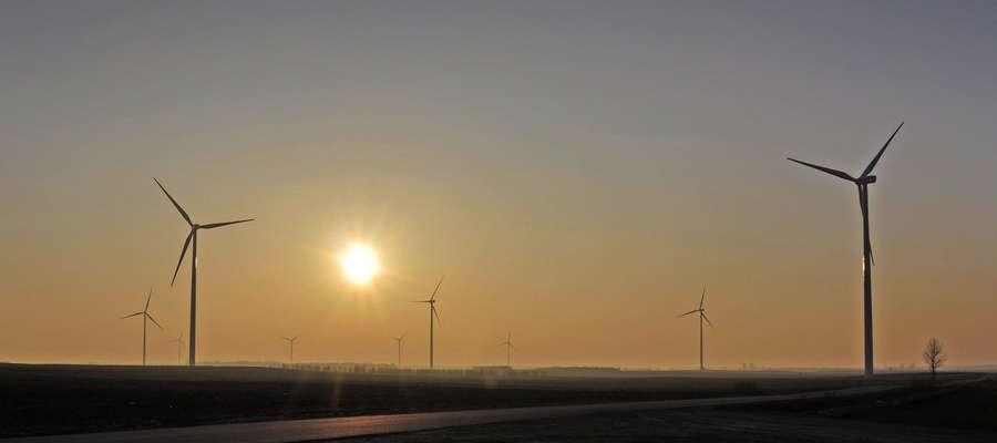 Na terenie gminy Kuczbork znajduje się najwięcej elektrowni wiatrowych.