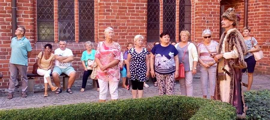 Uczestnicy wycieczki w Pelplinie