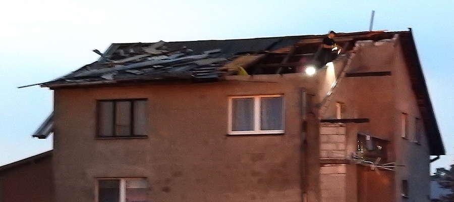 Zerwany dach na jednej z posesji w Boleszynie