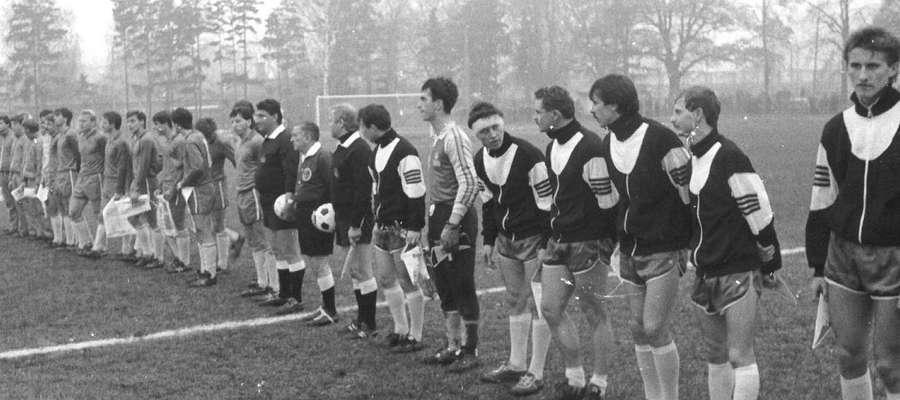 Miejski Klub Sportowy Polonia w 1988 roku zagrał w finale Turnieju Polonii z drugoligowym Bytomiem. Na pamiątkę tego wydarzenia w niedzielę odbędzie się mecz Oldboye Polonia kontra Lidzbarscy Samorządowcy