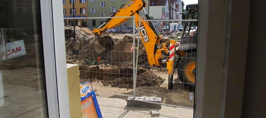 Prace przy rewitalizacji starówki w Bartoszycach