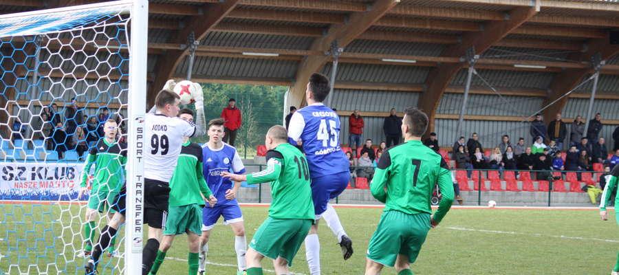 Derbowy mecz piłkarskiej klasy okręgowej Cresovia Górowo Iławeckie — Victoria Bartoszyce