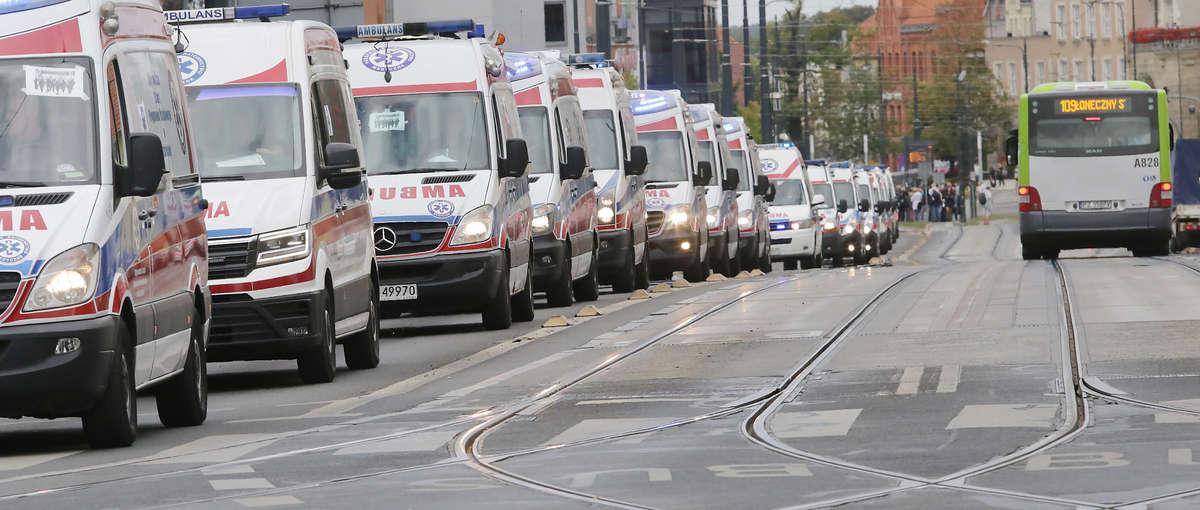 Parada karetek z całego kraju zakończyła Mistrzostwa Polski w Ratownictwie Medycznym [ZDJĘCIA] - full image