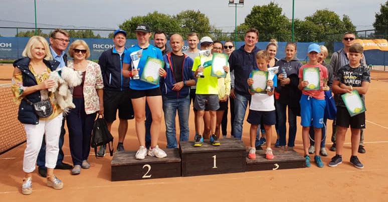 http://m.wm.pl/2018/09/orig/tenis3-493665.jpg