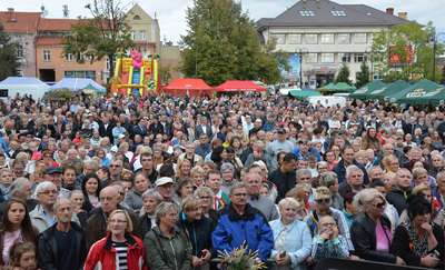 Mieszkańcy gminy Olecko bawili się na dożynkach [NOWE ZDJĘCIA]