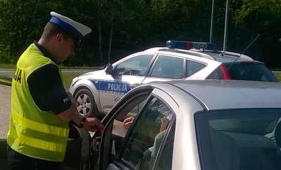 Policjant po służbie zatrzymał nietrzeźwego kierowcę skody
