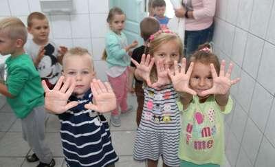 W Dwójce dzieci myją ręce, bo wiedzą więcej