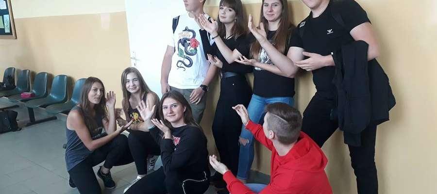 Weronika Kosobucka twierdzi, że fajnie jest spotkać znajomych