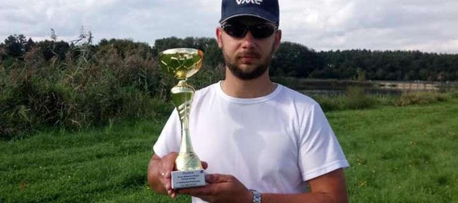 Przemysław Zdunek zwyciężył II turę zmagań o tytuł Indywidualnego i Drużynowego Mistrza Okręgu w Wędkarstwie Feederowym
