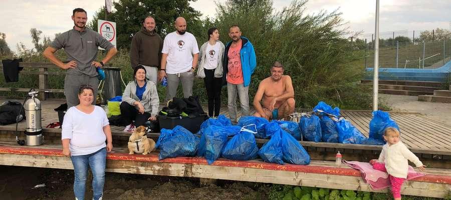 Akcja oczyszczania kąpieliska w Wielochowie