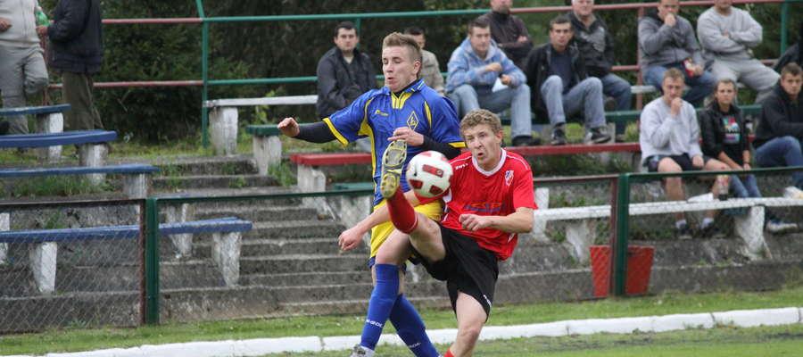 Derbowy mecz Łyny z Victorią z sezonu 2011/2012