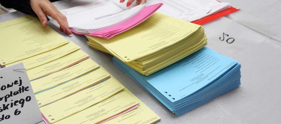 Praca komisji wyborczych podczas poprzednich wyborów samorządowych