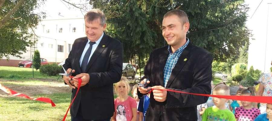 Otwarcie placu zabaw odbyło się w Parku Wiejskim w Świątkach 4 września.