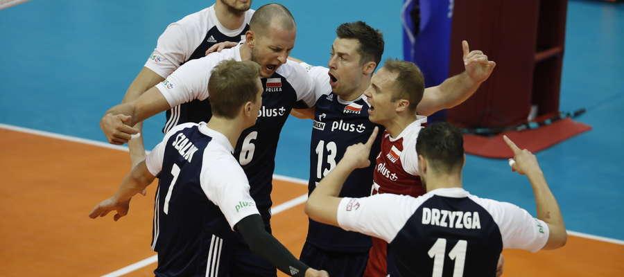 Takie sceny radości polskich siatkarzy chciałoby się oglądać aż do samego końca mistrzostw świata w Bułgarii i we Włoszech