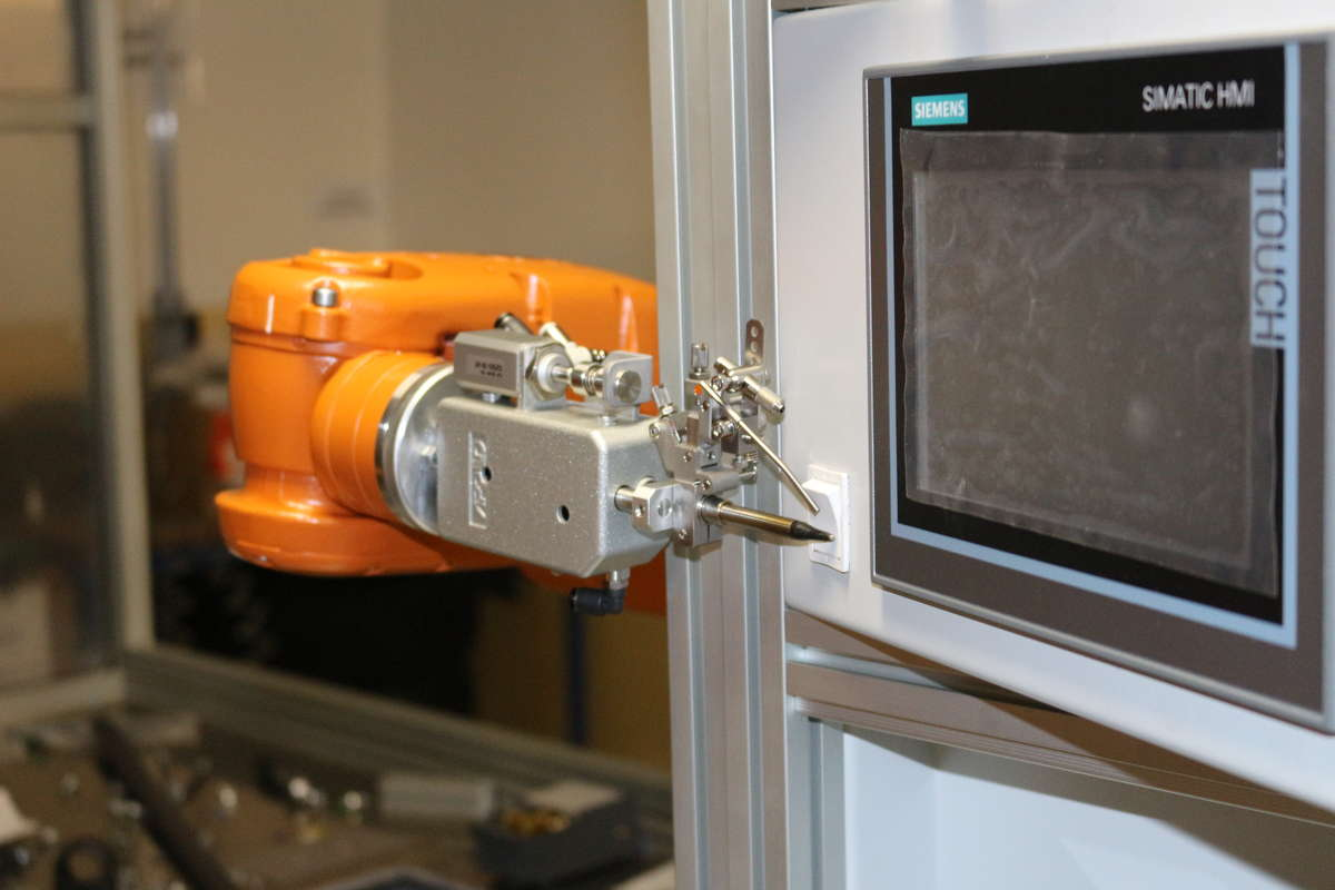 Konferencja: robotyzacja przemysłu - full image