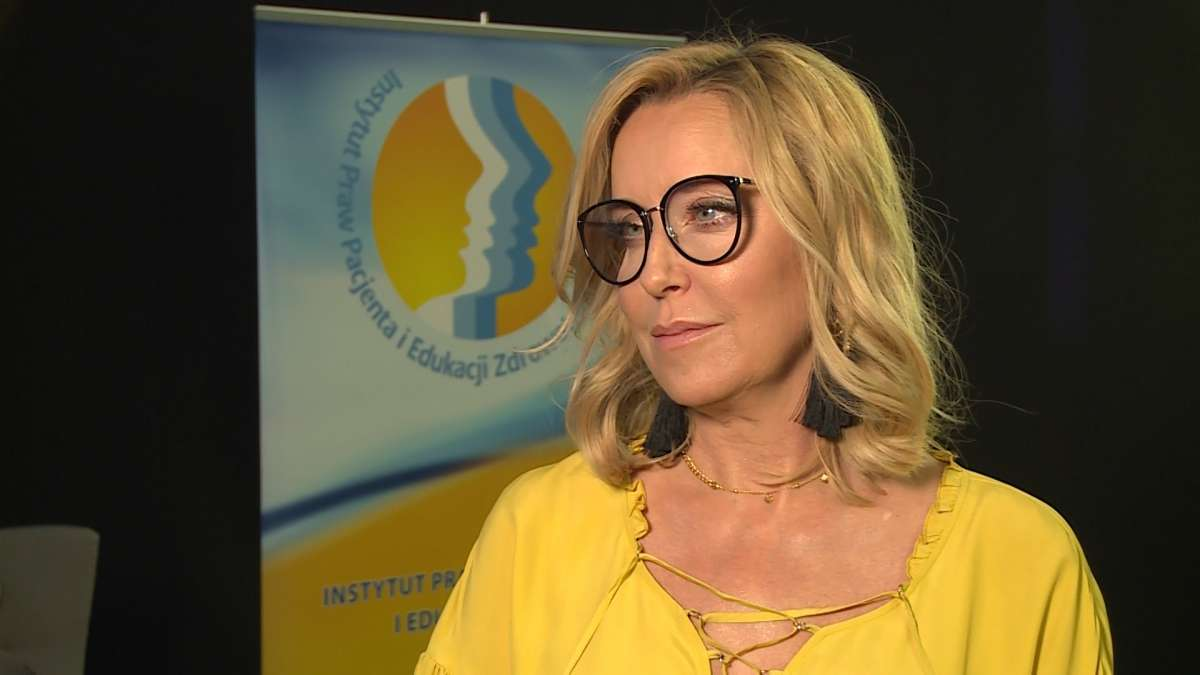 Agata Młynarska: Czasem przez długie dni nie jesteśmy w stanie wstać z łóżka - full image