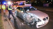 20-letni kierowca BMW uderzył w latarnię w Olsztynie [GALERIA]