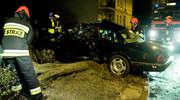 Kierowca jaguara uderzył w drzewo na Traugutta [zdjęcia]