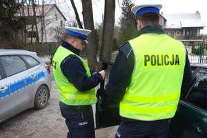 Policjant po służbie zatrzymał nietrzeźwą 19-latkę, która kierowała skradzionym matizem