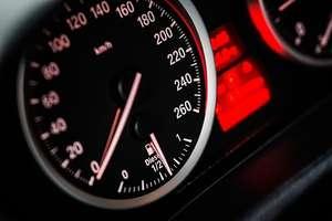"""Uwaga kierowcy! Dziś kontrole kaskadowe. To policyjne działania """"Prędkość"""""""