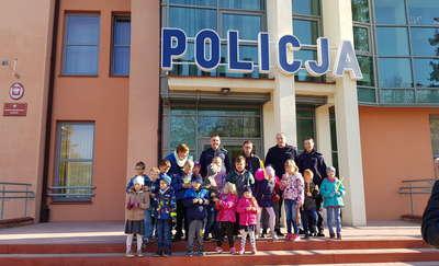 Uczniowie odwiedzili braniewskich policjantów