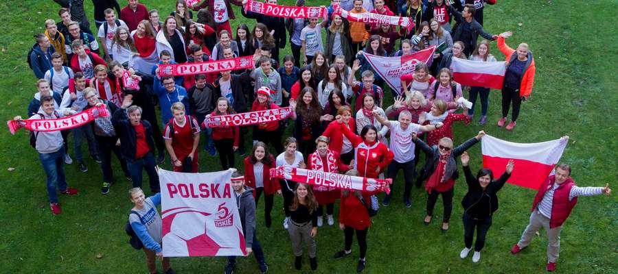 Młodzież już po raz drugi postanowiła oddać hołd polskim siatkarzom