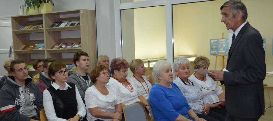 Andrzej Koreckie dał ciekawy wykład w bibliotece