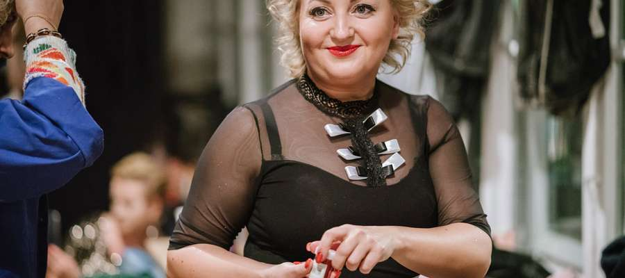Iwona Pajewska na czterdzieste urodziny zaczęła tańczyć burleskę.
