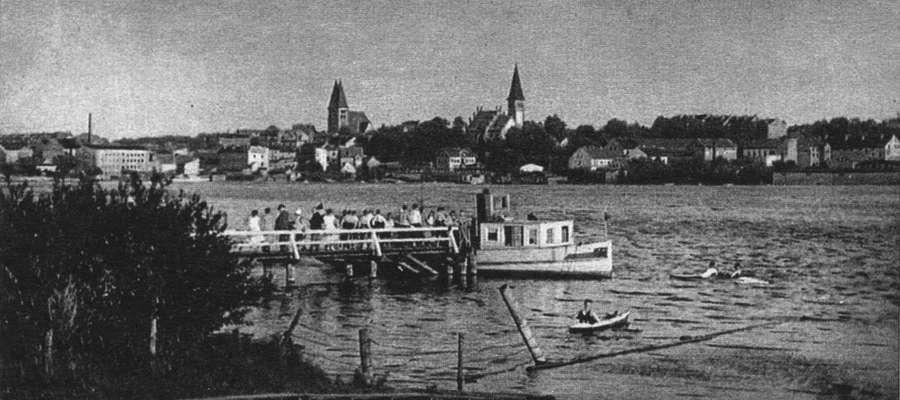 """""""Seerose"""" na przystani w Ostródzie przy wieży widokowej"""