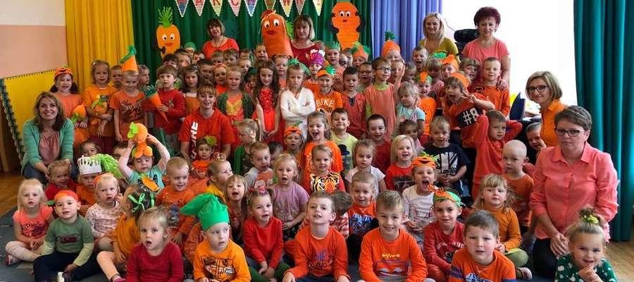 Przedszkolaki z Remisia świętowały z okazji urodzin Marchewki