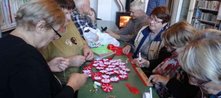 """Stowarzyszenie """"Łańcuch Wzajemności"""" w Krekolach przygotowuje się do uczczenia setnej rocznicy odzyskania niepodległości przez Polskę"""