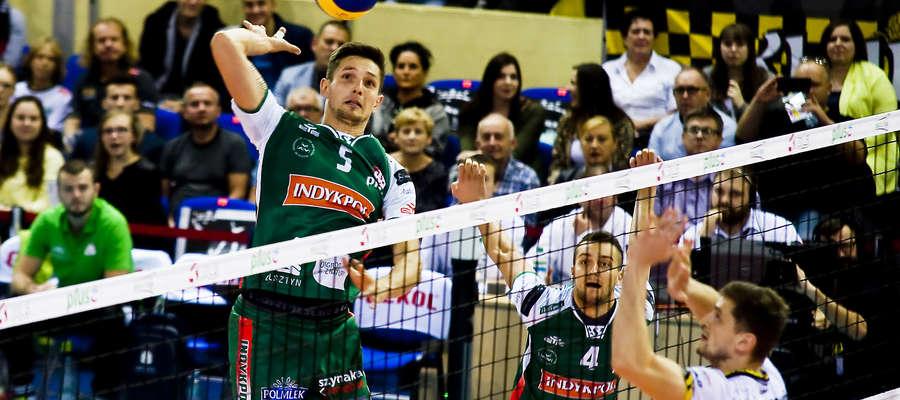 Miłosz Zniszczoł zdobył w Elblągu sześć, a Marcel Lux (z tyłu) — 10 punktów