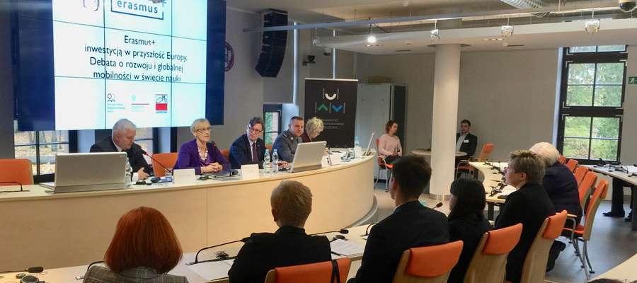 Debata na temat Erasmusa odbyła się w Starej Kotłowni UWM