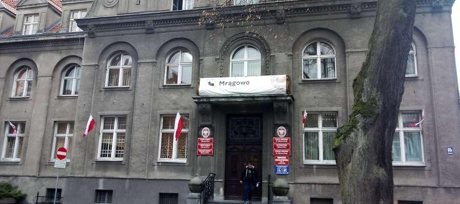 W magistracie zmiany. Od poniedziałku urzęduje tu dwóch wiceburmistrzów, co nie podoba się jednemu z koalicjantów burmistrza Bułajewskiego w Radzie Miejskiej.