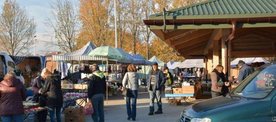 Pierwszy jarmark na zmodernizowanym targowisku w Olecku