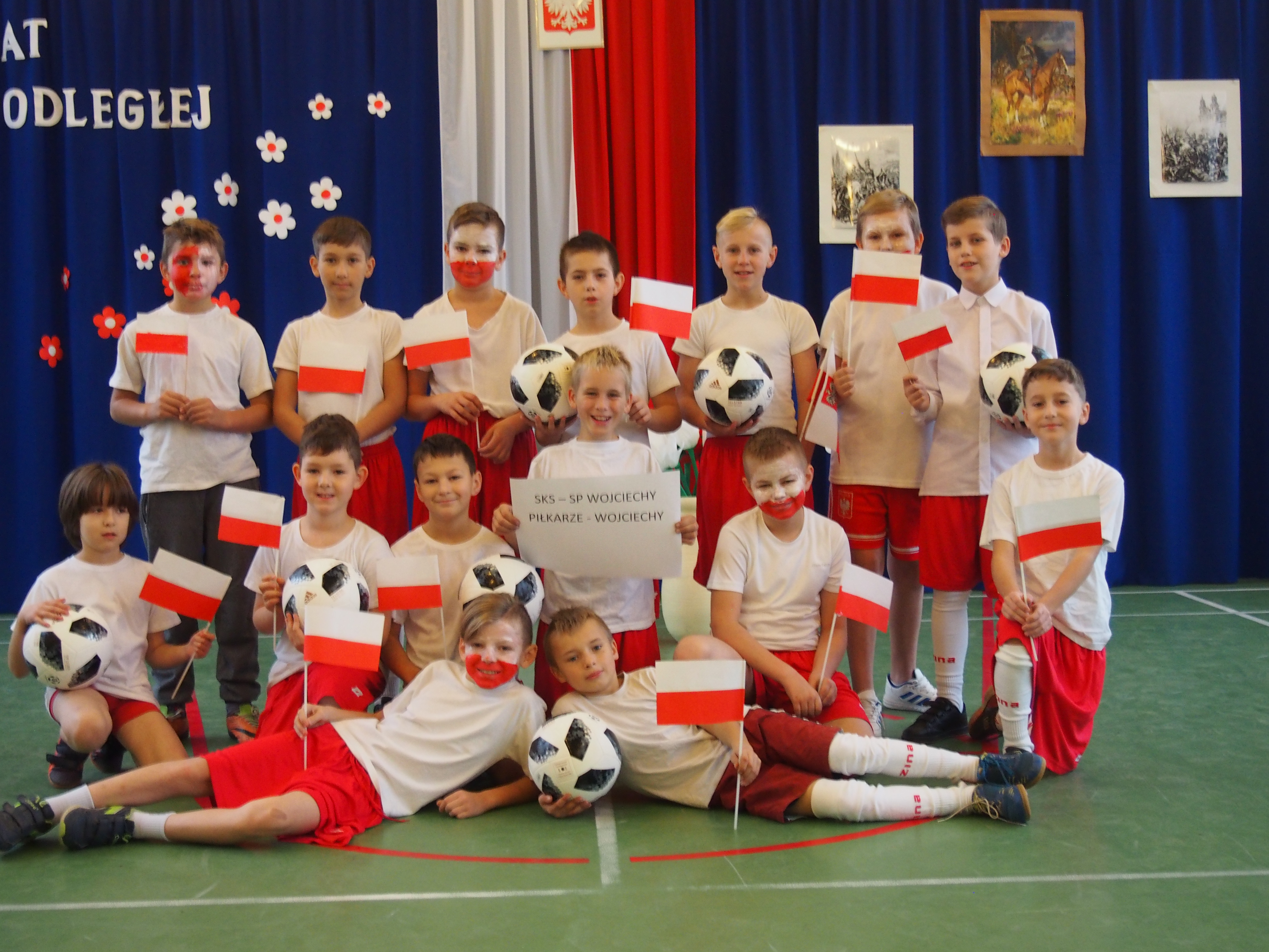 0dd941470f Obchody 100. rocznicy odzyskania niepodległości przez Polskę w Szkole  Podstawowej w Wojciechach