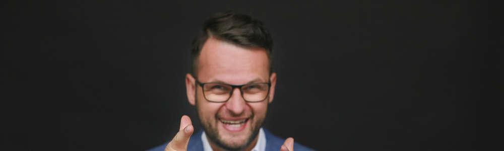 Jakub B. Bączek, specjalista od szkoleń motywacyjnych
