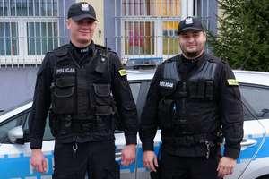 W trakcie patrolu pomogli mężczyźnie, który doznał urazu głowy