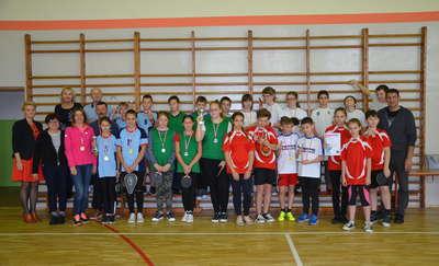 Uczniowie z powiatu rywalizowali w tenisie stołowym
