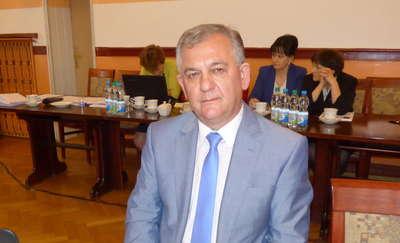 Były burmistrz Jerzy Rakowski został starostą