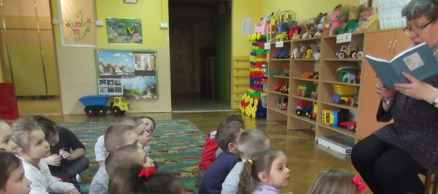 Dzieci lubią słuchać bajek Ewy Sotomskiej