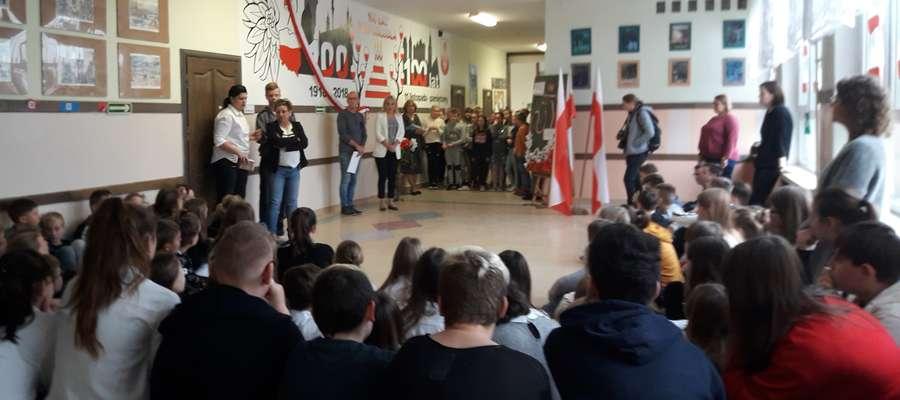 Zobacz, co zmalowali w tej szkole na 100-lecie niepodległości [zdjęcia]
