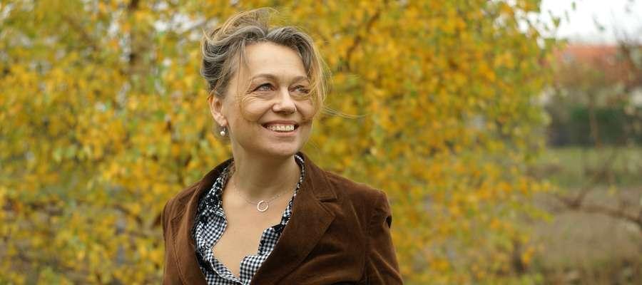 Sylwia Kubryńska – jedna z najbardziej cenionych polskich współczesnych pisarek. Feministka i felietonistka.