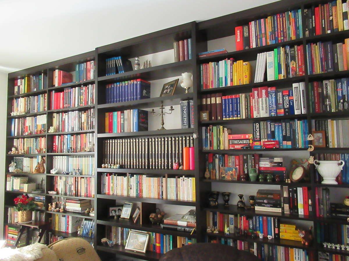 Dom książek - full image